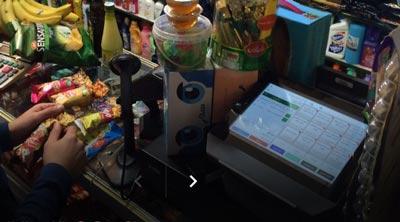استفاده از صندوق فروشگاهی فراسو در سوپر مارکت