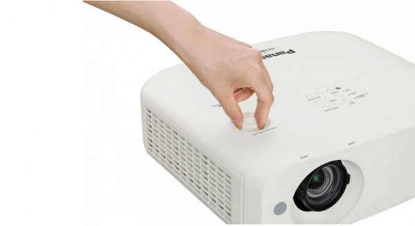ویدیو پروژکتور پاناسونیک مدل PT-VW530